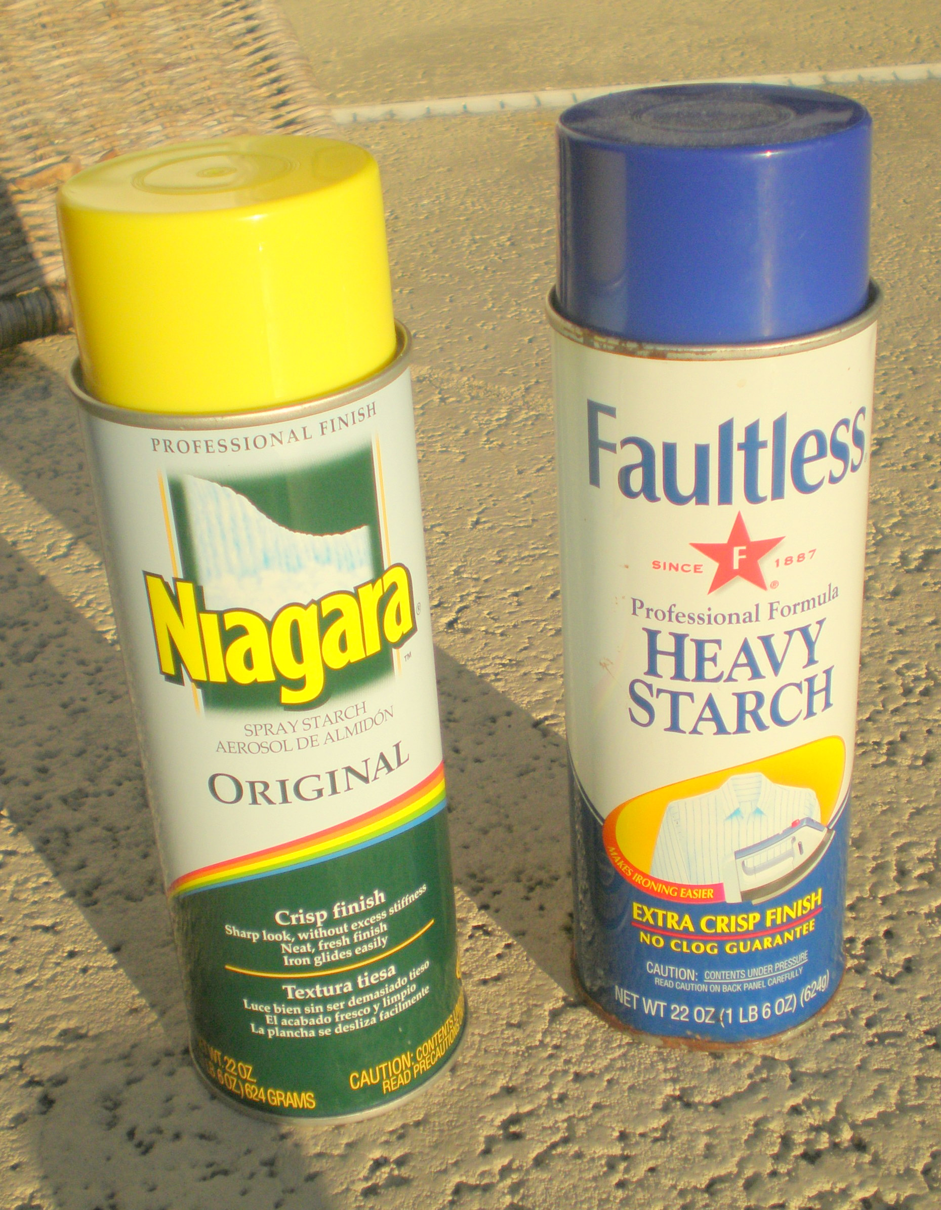 Spray Starch spray cans
